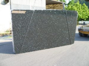 "Emerald Pearl 3cm Granite #STR369 Group ""F"" 79×134"