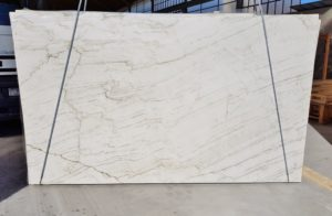 "Tahiti / Polished Quartzite 3cm #3547 Group ""I"" 72×122"
