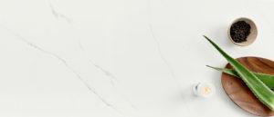 Q-Quartz Calacatta Trevi Level 8 (126″ x 77″) or (127″ x 78″)