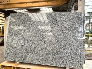 Gran Perla Granite 3cm #63017 (115″ x 74″)  Group A