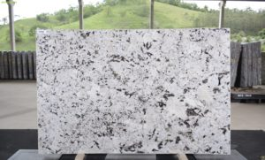 Everest White 3cm Granite / #69966 (72″ x 114″) Group E