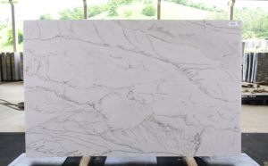 Silk 3cm Quartzite / #70290 (126″ x 79″) Group G