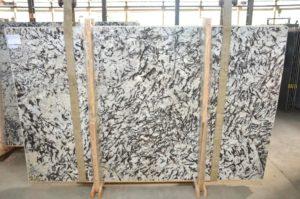 Alaska White Extra Granite 3cm / #34172 (124″ x 79″) Group D