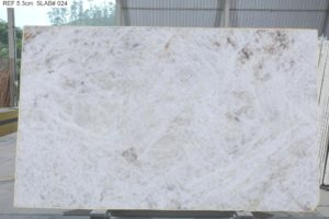 "Crystallo / Crystal White Quartzite 3cm (75"" x 122"") Group ""J"" #36254"