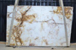 Crystallo / Marrakesh 3 cm Polished Quartzite #9304 ( 72″ x 116″ ) Group G